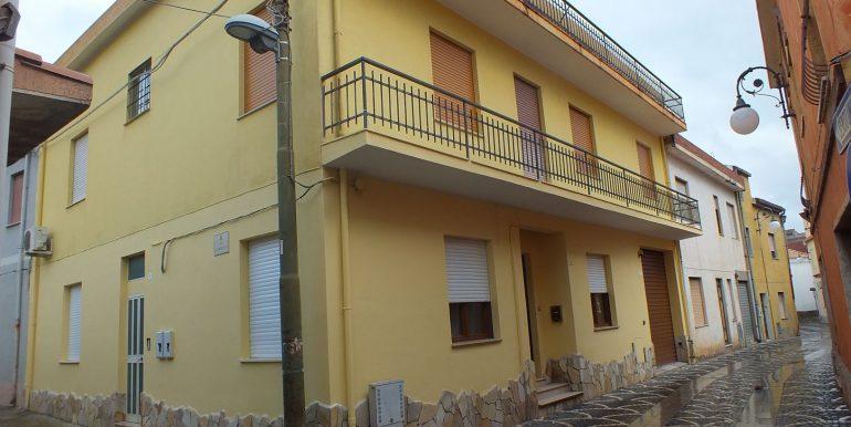 Rif. 36 Appartamento con tre stanze